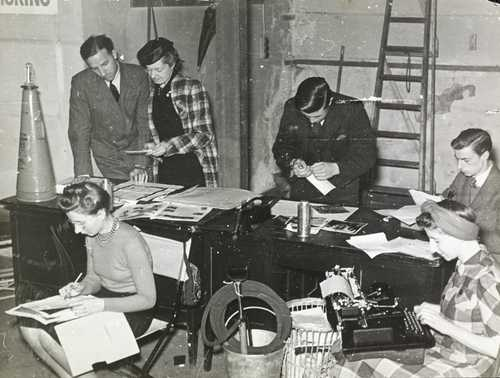 Putting Vogue to bed in the bomb cellar of One New Bond Street, November 1940 (C) Douglas Slocombe estate