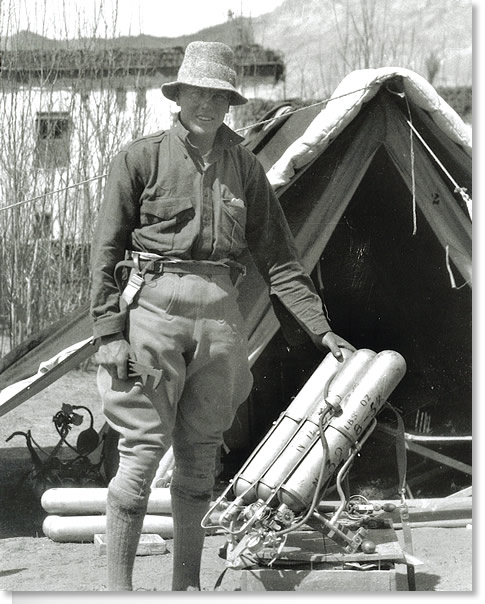 Sandy Irvine and Oxygen Apparatus