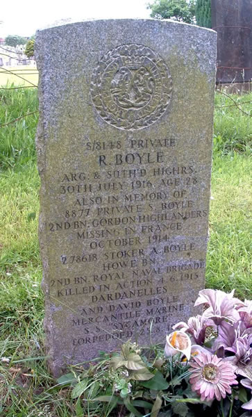 The Boyle headstone, Glasgow Lambhill Cemetery © The Scottish War Graves Project