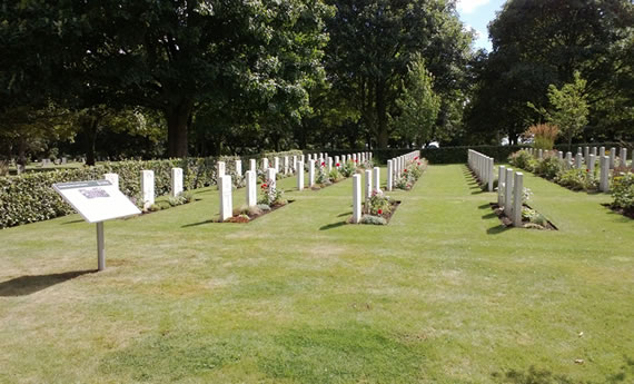 Scartho Road Cemetery, Grismby, war plot with the newly installed panel on the left © CWGC
