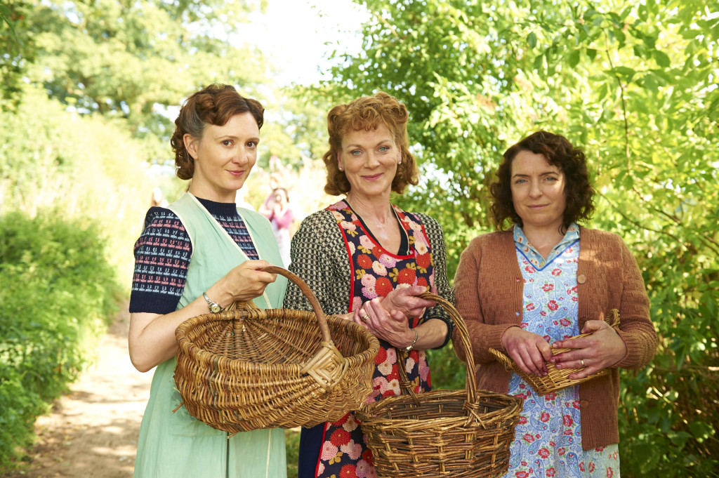 ITV STUDIOS PRESENTS HOME FIRES EPISODE 1 Pictured : FRANCES GREY as Erica Campbell, CLAIRE RUSHBROOK as Pat Simms, and SAMANTHA BOND as Frances Barden. Photographer: STUART WOOD This image is the copyright of ITV and must be credited. The images are for one use only and to be used in relation to Home Firs, any further charge could incur a fee.