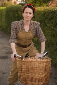 HOME FIRES EPISODE 4 Pictured:CLARE CALBRAITH as Steph Farrow. This image is the copyright of ITV and must only be used in relation the HOME FIRES on ITV.